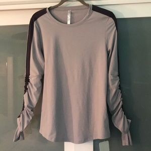 Fabletics Long sleeved top